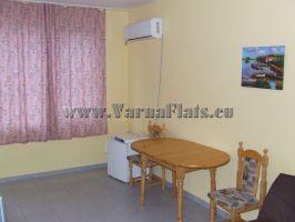 Гостиная в доме,  где можно снять квартиру в варне или снять квартиру в варне болгария
