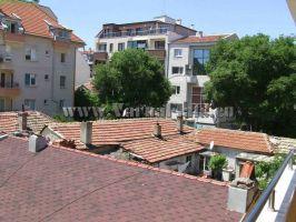 Изглед към съседните блокове от двустаен апартамент