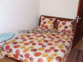 Легло с матрак в Апартамент с две спални . Почивка край Варна.