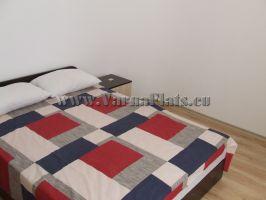 Спальня с кондиционером, где вы можете отдохнуть, в квартире которую вы можете снять