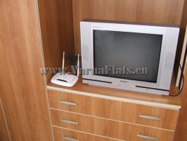 Телевизор в шкафу